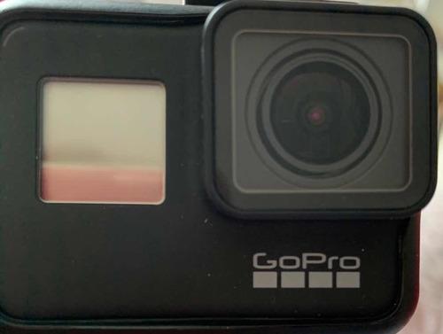 gopro hero 7 + 2 baterias + acessórios. usada 1x.