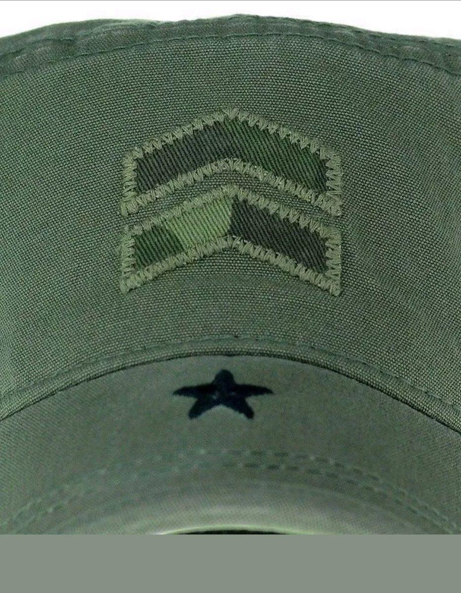 d945edec72b5d gorra a. kurtz cadete legion verde militar enrique iglesias. Cargando zoom.