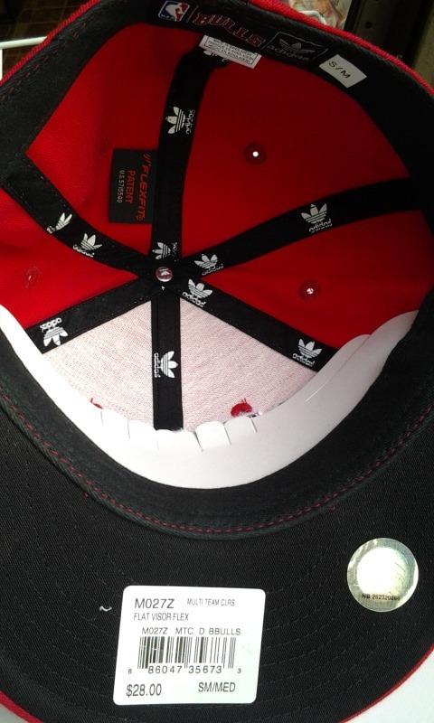 bebe24cfad532 gorra adidas nba chicago bulls  499 nueva original sopormike. Cargando zoom.