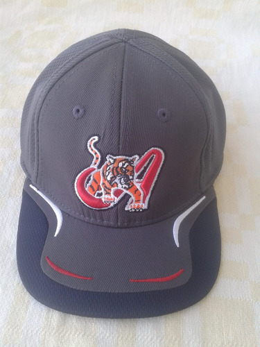 gorra cerrada de los tigres de aragua, para niño o niña