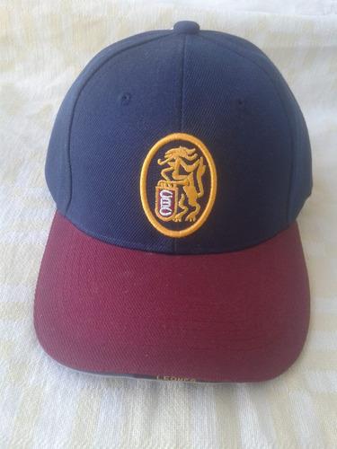 gorra de los leones del caracas, modelo leo-15