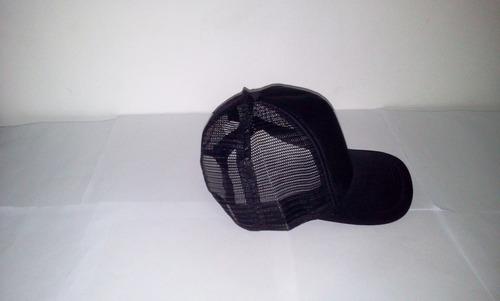 gorra de malla negra unicolor ajustable