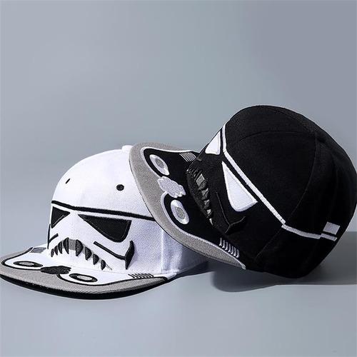 gorra diseño star wars storm trooper en negro y blanco
