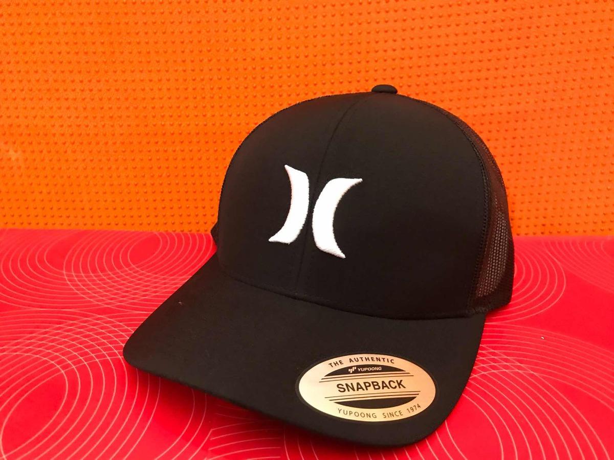 Gorra Hurley Yupong Clásics Negra Con Malla Y Broche -   590.00 en ... 3e549811485