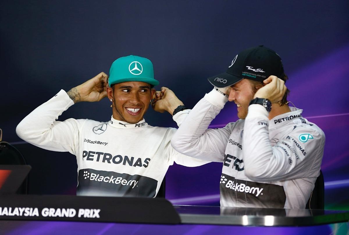 Gorra Mercedes-benz Original Flexfit Lewis Hamilton F1 Xs s ... 90eb5e63f05