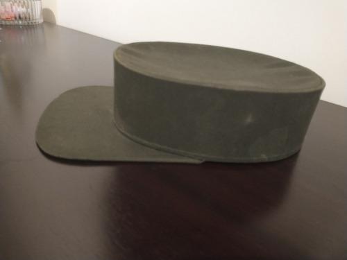 gorra militar antígua