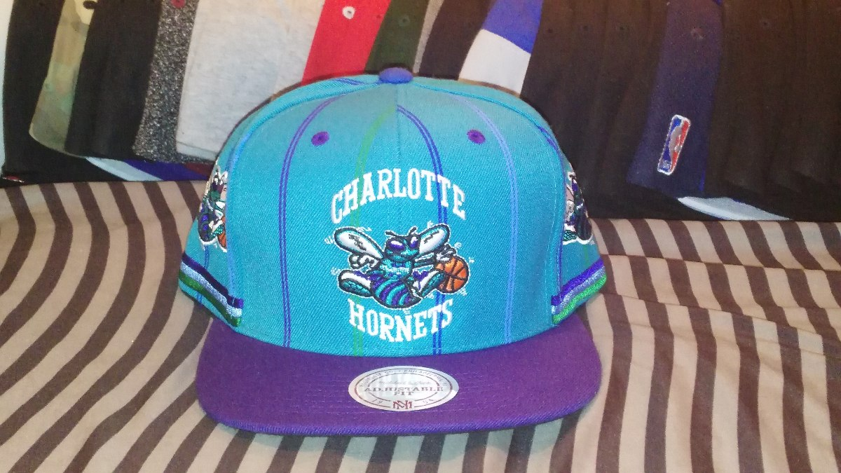 Gorra Mitchell And Ness Charlotte Hornets Snapback -   590.00 en ... ed1eb50ccca