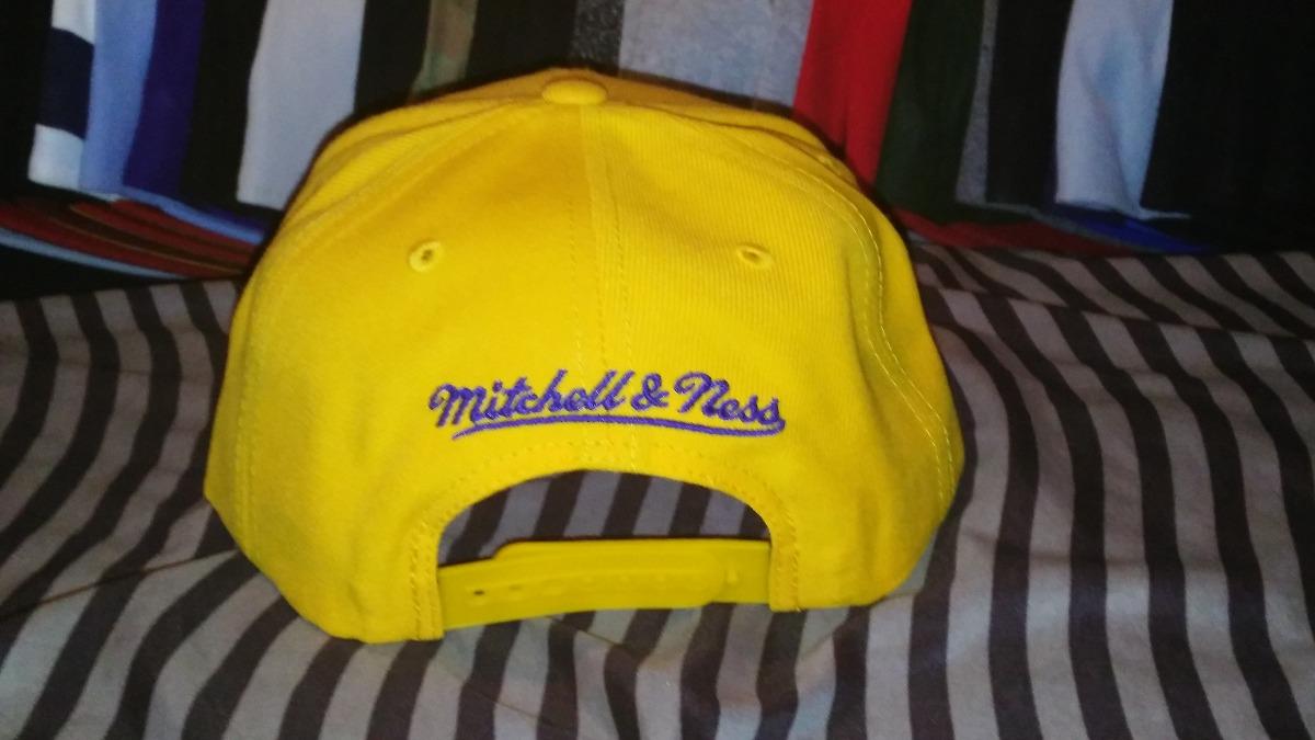 6a2f7aeb65d1e Gorra Mitchell And Ness Golden State Warriors Snapback -   590.00 en ...