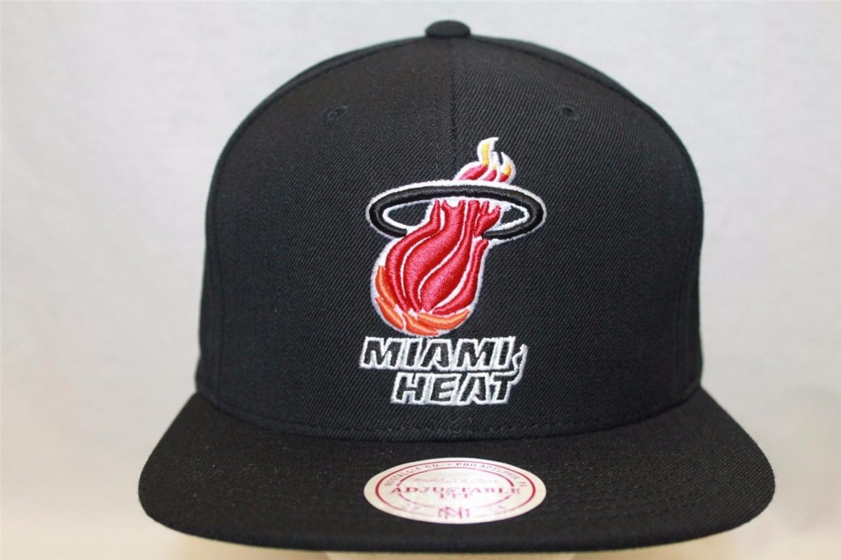 gorra mitchell   ness miami heat nba snapback  exclusiva!  Cargando zoom. d6408b227d8