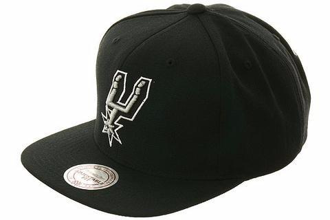 079a3719ad6ba Gorra Mitchell   Ness San Antonio Spurs Nl99z Snapback -   699.99 en ...