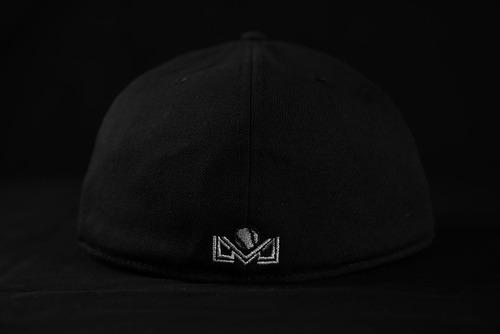 gorra negra de juego cañeros 2018