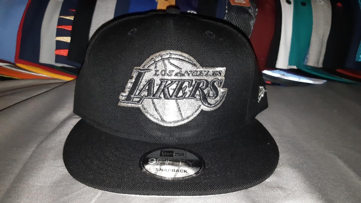 Gorra New Era Snapback Los Angeles Lakers Silver -   690.00 en ... 429e39b9d47