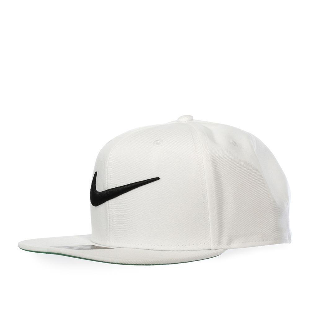 Gorra Nike Swoosh Pro - 639534100 - Blanco - Unisex -   449.00 en ... cb277712bef
