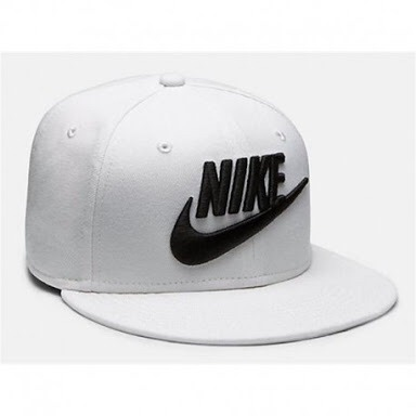 Gorra Nike Vicera Plana Blanca -   579.00 en Mercado Libre 1f4cee181ec