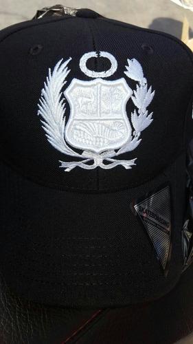 gorra perú -drill 100% algodon con bordado 3d