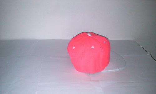gorra plana snapback de niño fucsia neón coral