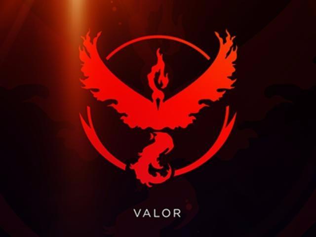 Gorra Pokemon Go - Equipo Valor Team Rojo Cap Hat Cachucha ... 4262b43bea5