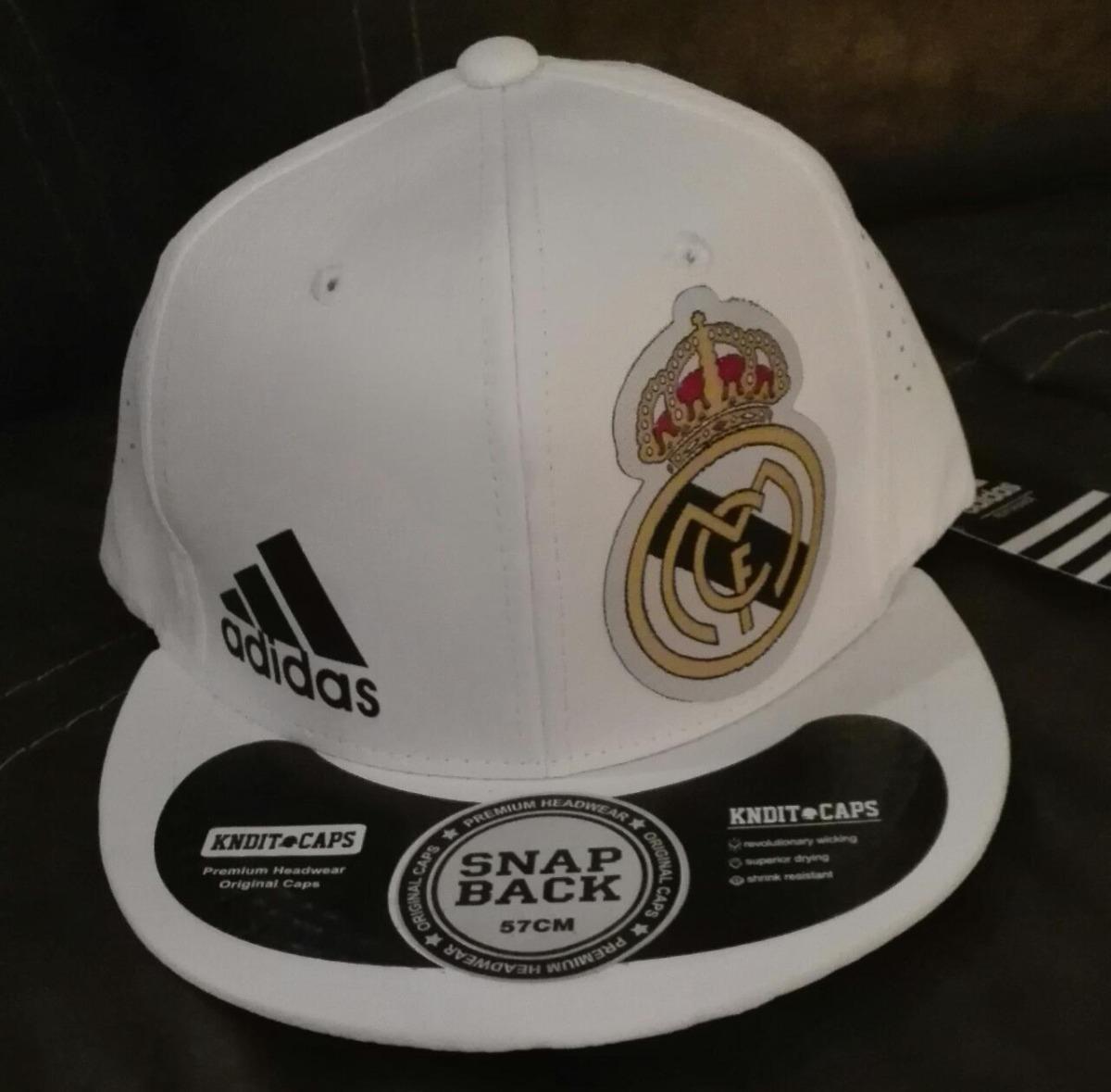 Gorra Real Madrid adidas Visera Plana -   149.00 en Mercado Libre fd6119557d478