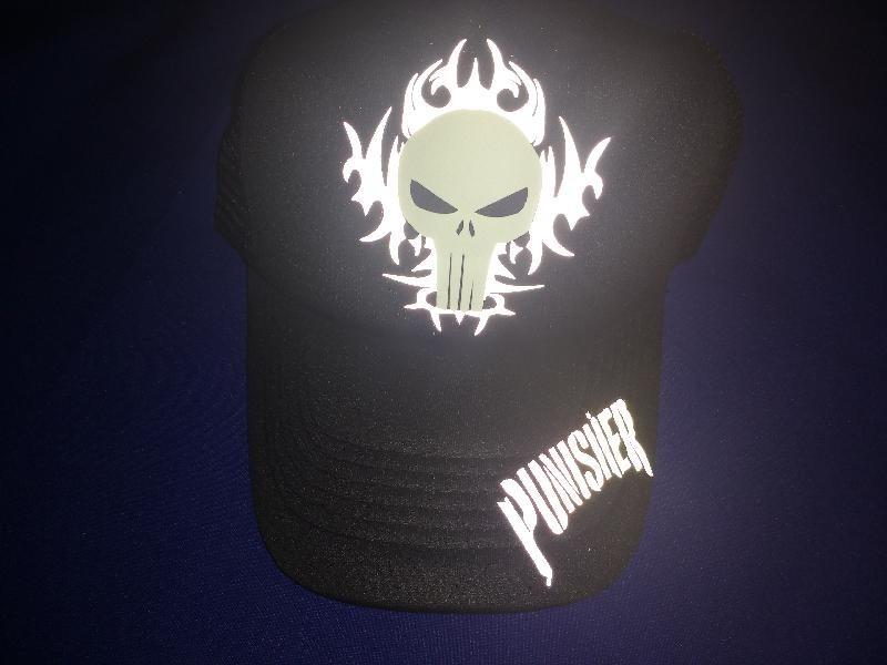 gorra trucker punisher - reflejante fosforescente ajustable. Cargando zoom. f89163cf72c