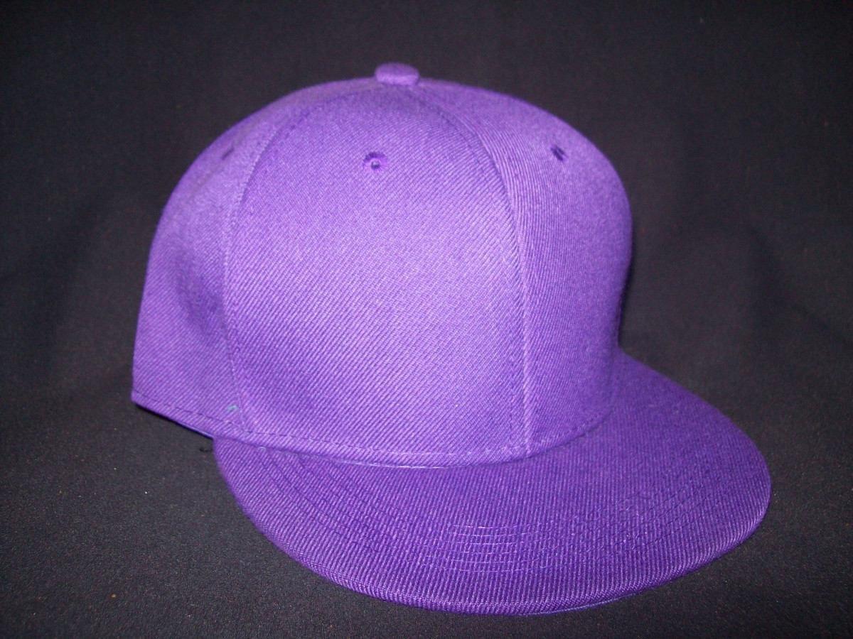 99f17a4c19434 gorra visera plana lisa color violeta snapback. Cargando zoom.