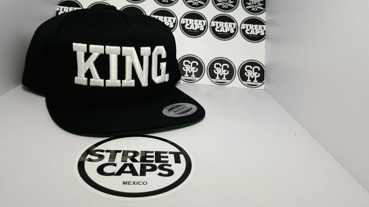Gorra Yupoong King Negro Blanco Snapback -   450.00 en Mercado Libre 9067cd91baf