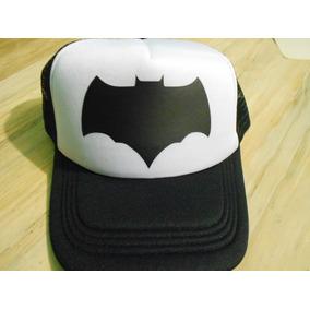 f0424303691e1 Gorra Batman Classic Escudo Con Red Negra Con Blanco - Gorras de ...