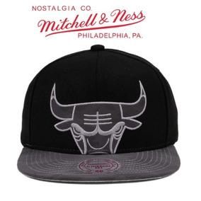 6b57e0d662193 Gorra Chicago Bulls Mitchell   Ness Snapback Nueva Original. S  120