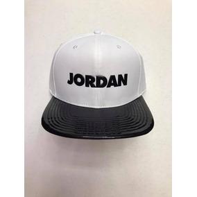 487825e18aca0 Snapback Jordan Retro 11 Concord