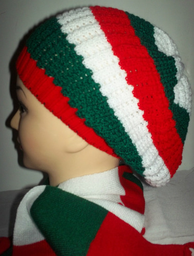 gorras boinas navideñas damas tejidas en el ecuador.