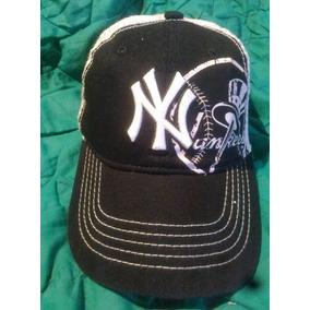c8b83d4c0f6b4 Gorra De Los Yankees Original Blanca en Mercado Libre Venezuela