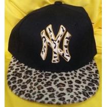 Gorra Yankees New York Animal Print Plana Ajustable Broche.