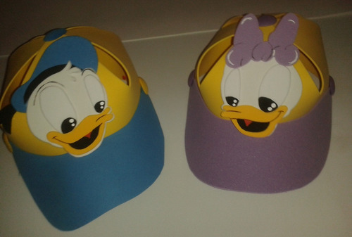 gorras foami  mickey, pluto,goofy donald daisy minnie mouse
