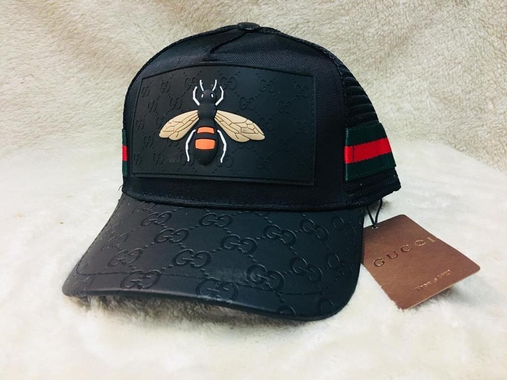 bab8431ad82d5 Gorras Gucci Negra Abeja! -   999.00 en Mercado Libre