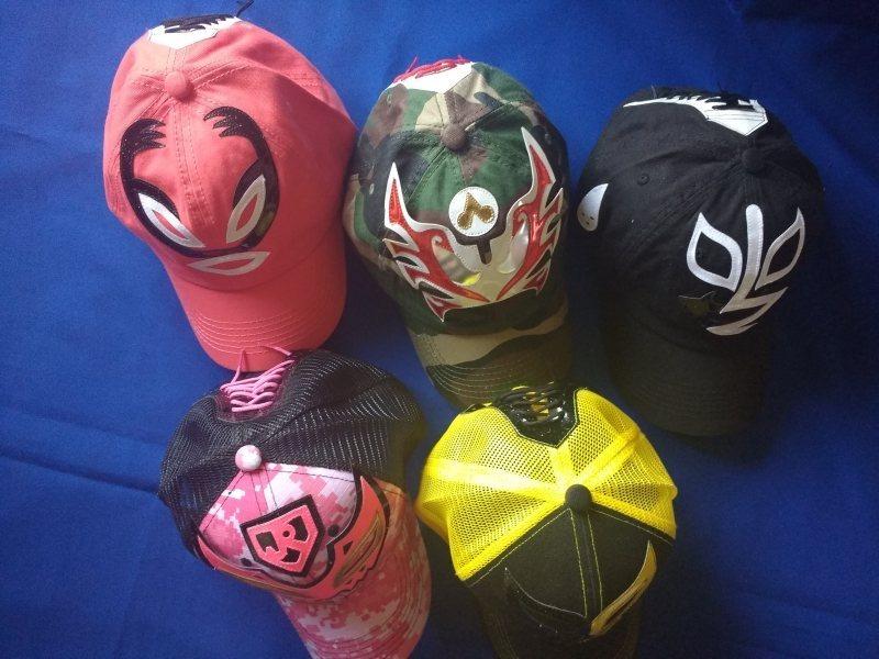 Gorras Lucha Libre Mexicana - Varios Modelos Máscaras -   180.00 en ... 8f20aa0992f