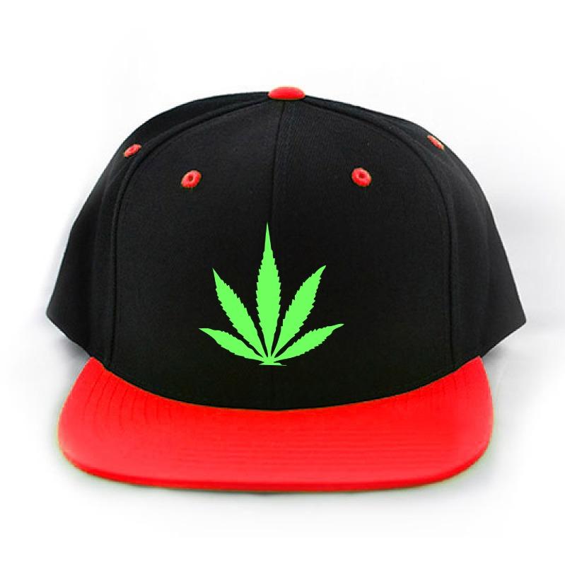 2344c51d84ea3 gorras planas snapback personalizadas- hoja marihuana weed. Cargando zoom.