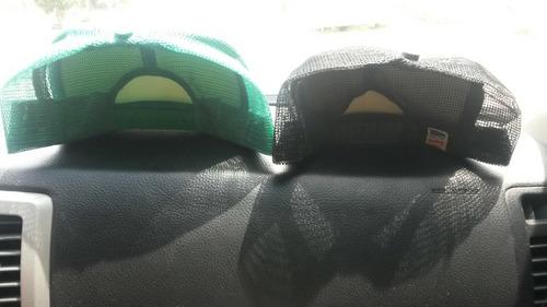gorras unicolor con malla disponibles al mayor y detal