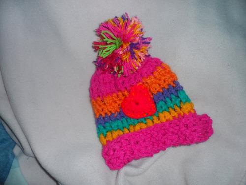 gorro artesanal tejido al crochet