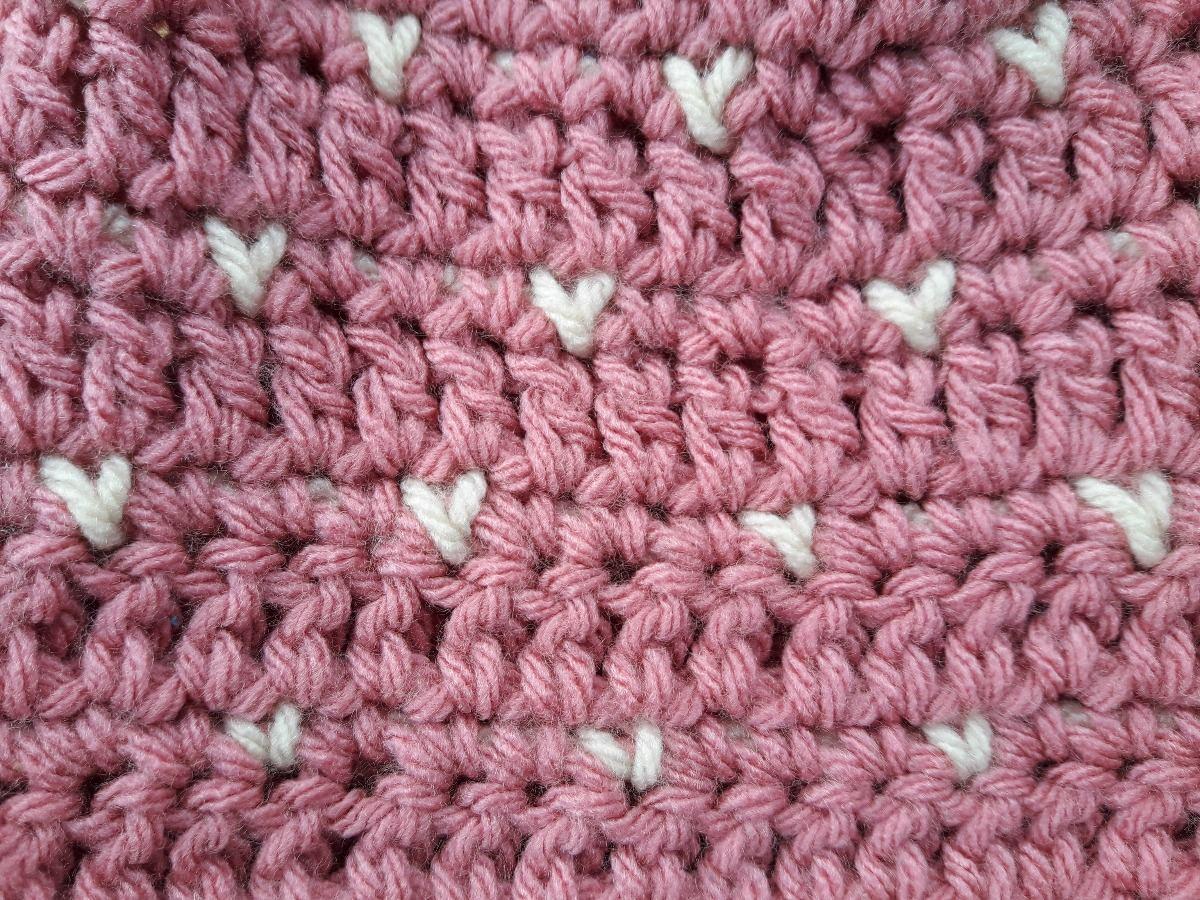 gorro boina de nena corazones a crochet. Cargando zoom. 91e1ed5ea25