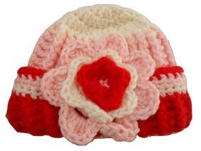 8aa77bfac Gorro Nena Crochet Con Flores - Ropa y Accesorios para Bebés en ...