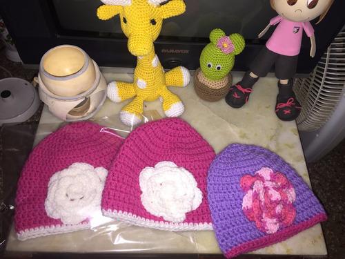 gorro de pocoyo de lana a crochet hecha a mano