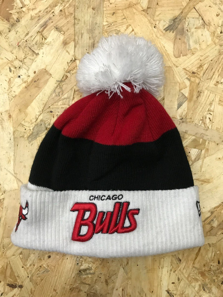 Gorro Lana Beani Pom Pom New Era Nba Chicago Bulls -   49.900 en ... 8758284677c