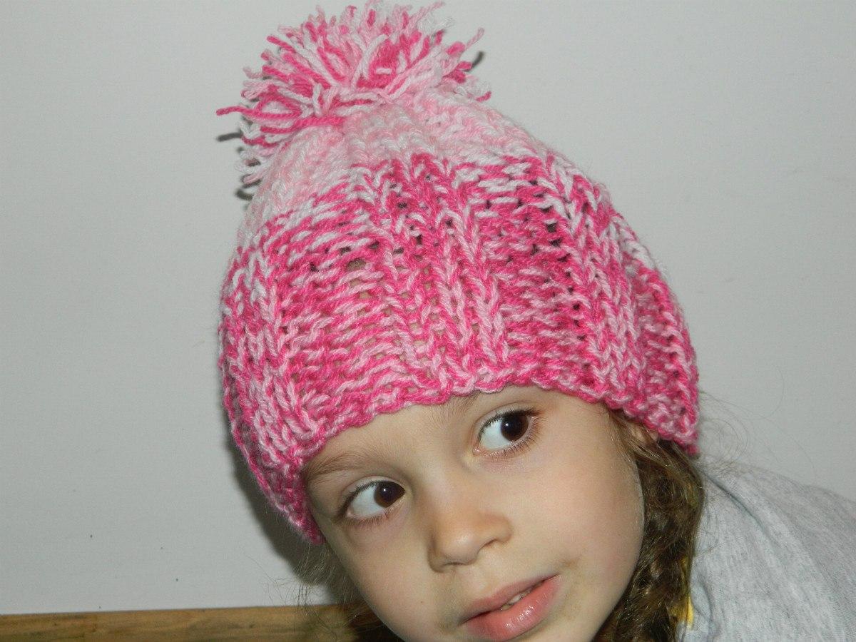 f69e271be734c gorros de lana niños y adultos tejidos a mano. Cargando zoom.