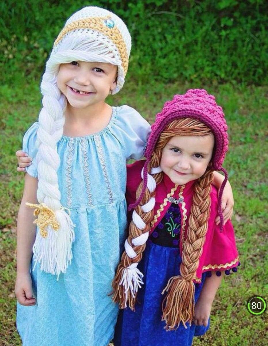 Bajo vestido de dos chicas en farmacia - 1 part 10