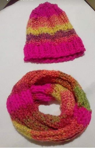gorros y bufandas circulares tejidos a mano