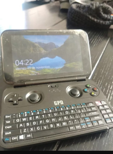 gpd win version de aluminio, mini consola portátil.