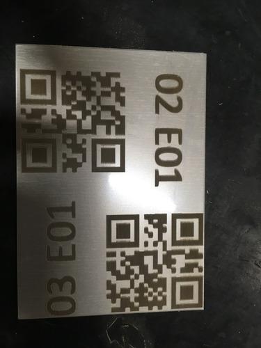 grabado láser sobre metales, plásticos, superficies pintadas