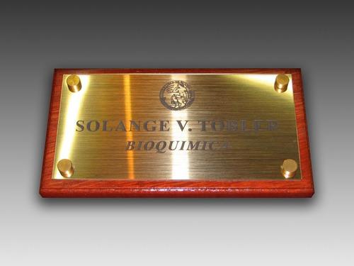 grabados, acrilico, bronce, acero, madera, placas, plaquetas