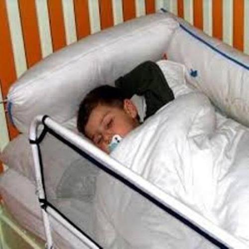 grade de proteção  p/ cama infantil branca