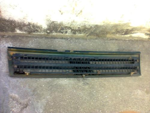 grade dianteira parachoque uno prêmio elba 91a99 usada orig.