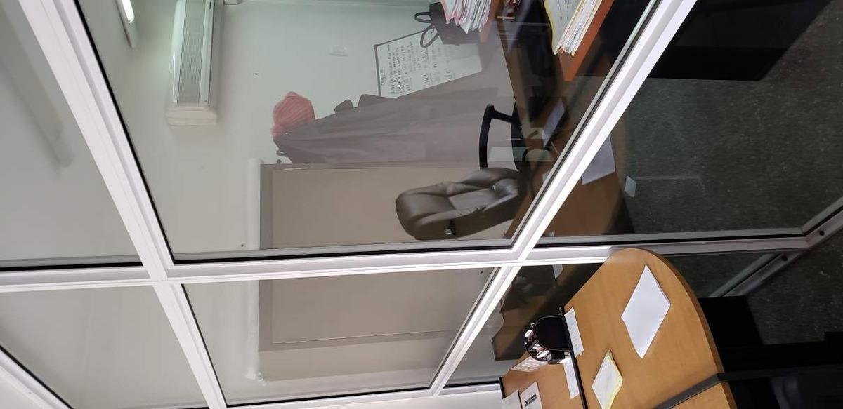 gral paz esq dean funes, excelente oficina con vista oport!